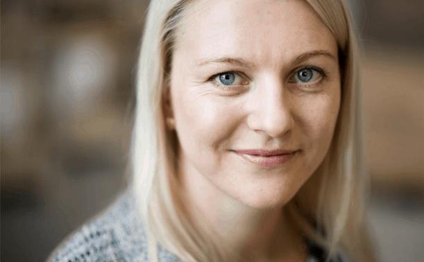 Evelina Lindgren, vd för förpacknignsföretaget APak är utsedd till Årets unga vd.