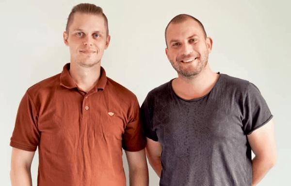 Mikael Morén och Christer Florén på Bananbyrån i Falun vann GYFs uppsatspris för sitt arbete med småföretagares grafiska identitet. (Bild: GYF)